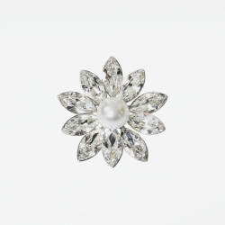 Elegant Flower Brooch